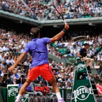 Federer reaches R4 at Roland Garros